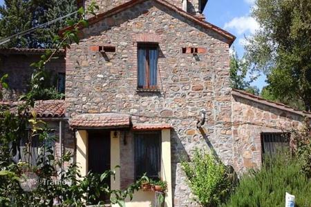 Property for sale in Parrano. Villa – Parrano, Umbria, Italy