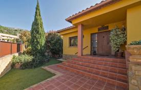 Two-storey villa with terraces and a wine cellar in Palau-Sabardera, Costa Brava, Spain for 660,000 €