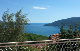 4 bedroom houses by the sea for sale in Herceg-Novi. Villa – Herceg Novi (city), Herceg-Novi, Montenegro