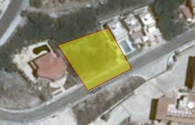 Coastal development land for sale in Chloraka. 841 m² plot in Chlorakas with sea view