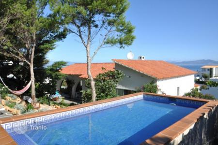 Residential to rent in Gerona. Detached house - Gerona, Costa Brava, Spain