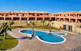 Townhouses for sale in Elche. Townhouses in Elche
