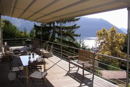 Luxury 4 bedroom apartments for sale overseas. Apartment – Cernobbio, Lombardy, Italy