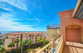 Penthouses for sale in Benalmadena. Elite penthouse with sea views in a residence with a pool, a tennis court, a garden and a parking, in a prestigious area, Benalmadena, Spain