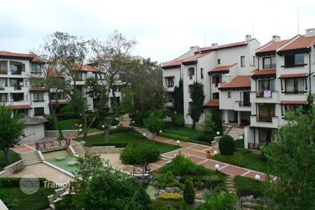 Apartments with pools for sale in Lozenets. Apartment – Lozenets, Burgas, Bulgaria