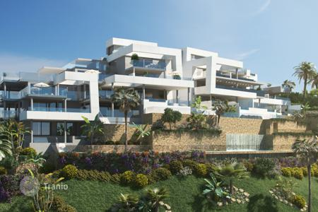 New homes for sale in Spain. Four room apartment with terrace and private pool in a new building in Nueva Andalucia, Malaga