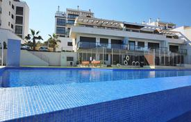 Cheap residential for sale in Dehesa de Campoamor. Orihuela Costa, Lomas de Campoamor. Apartment of 87 m² with 2 bedrooms, 2 bathrooms