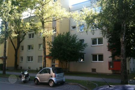 Residential for sale in Bogenhausen. Two-room apartment with balcony in a prestigious area of Bogenhausen, Munich. High rental potential