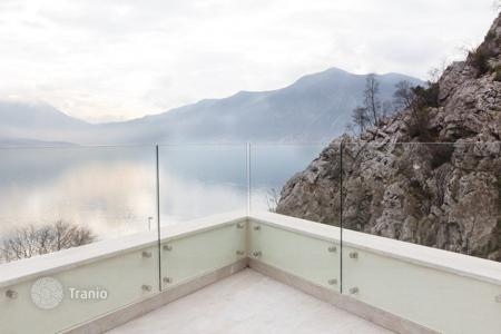 2 bedroom apartments by the sea for sale in Kotor. Apartment - Kotor (city), Kotor, Montenegro