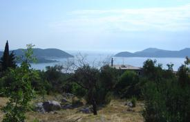 Development land for sale in Dubrovnik Neretva County. Plot of land with stunning views of the sea and islands in Orašac, near Dubrovnik, Croatia