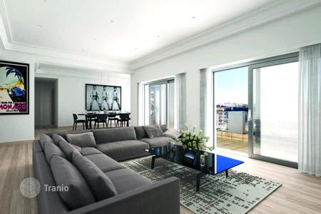 Property for sale in Monaco. Apartment with 2 terraces, 2 parking spaces in Monaco
