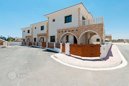 3 bedroom houses for sale in Avgorou. Three Bedroom Link-Detached Houses With Optional Pool