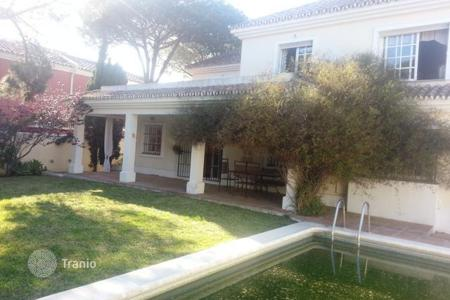 Coastal houses for sale in Argentina. Villa – Buenos-Aires, Argentina