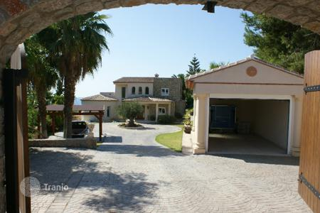 Villas and houses to rent in Costa Blanca. Villa – Moraira, Valencia, Spain