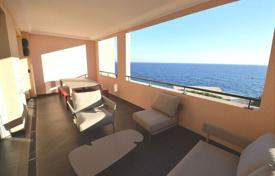 Luxury residential for sale in Monaco. Three-bedroom apartment in a luxury residence in the district of Fontvieille