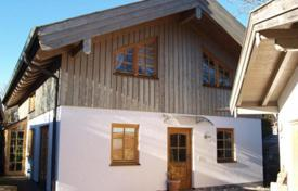 4 bedroom houses for sale in Bavaria. Three-storey house with cozy rooms, Warngau, Germany