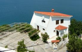 Luxury houses for sale in Dalmatia. Villa first row to the sea