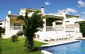 6 bedroom houses by the sea for sale in Catalonia. Villa – L'Ametlla de Mar, Catalonia, Spain