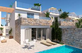 3 bedroom houses for sale in Murcia. 3 bedroom villa with private pool 400 meters from the beach in Los Alcázares