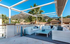 Town House for sale in Sierra Blanca del Mar, Marbella Golden Mile for 1,995,000 €