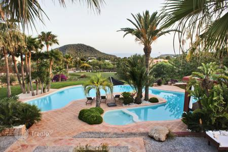 5 bedroom villas and houses to rent in Ibiza. Villa – Ibiza, Balearic Islands, Spain