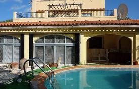 Cheap 4 bedroom houses for sale in Spain. Villa/ Detached of 4 bedrooms in Castell de Castells