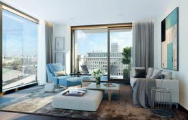 Property for sale in London. One-bedroom apartment in a new residential complex, London, UK