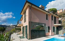 Apartments in villa with a pool and a private garage, in a walking distance from the beach, Zoagli, Italy for 700,000 €