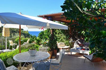 Property for sale in Monte Argentario. Prestigious house with sea view in Tuscany-Monte Argentario