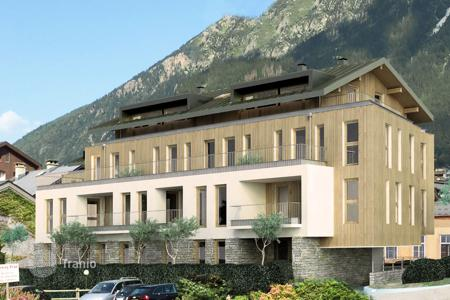 3 bedroom apartments for sale in Chamonix. Apartment – Chamonix, Auvergne-Rhône-Alpes, France