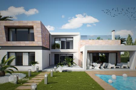Coastal houses for sale in Costa Blanca. Modern new villa in Campoamor, Orihuela Costa, Alicante