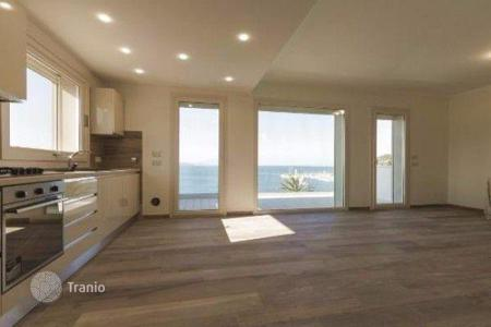 Apartments for sale in Piombino. Four-room apartment in a new building by the sea in Piombino, Tuscany, Italy