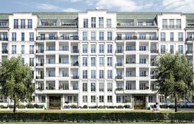 Luxury penthouses for sale in Berlin. Penthouse with a rooftop terrace and a balcony in a new residential complex near the park and the Kurfuerstendamm, Berlin, Germany