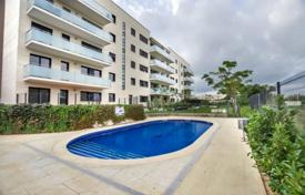 Apartment with a spacious terrace, Salou, Spain for 160,000 €