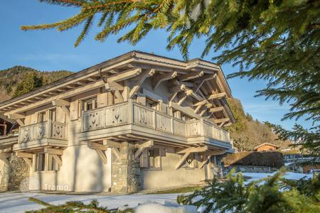 5 bedroom houses for sale in Megeve. Villa – Megeve, Auvergne-Rhône-Alpes, France