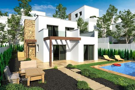 Houses with pools for sale in Ciudad Quesada. Villa – Ciudad Quesada, Valencia, Spain