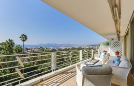 1 bedroom apartments for sale in Cannes. Cnnes — Panoramic Sea View