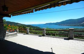 Chalets for sale in Piedmont. Verbania. Maggiore lake. Charming stone Villa-chalet in an excellent position
