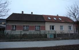 Property for sale in Central Bohemia. Townhome – Hostivice, Central Bohemia, Czech Republic