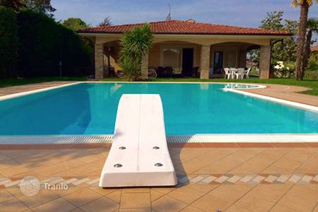 5 bedroom houses for sale in Lake Garda. Villa – Manerba del Garda, Lombardy, Italy