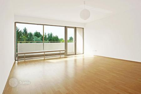 Cheap apartments for sale in Hessen. Fully renovated and bright studio apartment in Sachsenhausen-Süd, Frankfurt