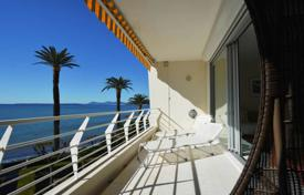 2 bedroom apartments for sale in Antibes. Luxurious 2 bedroom apartment — Waterfront — Juan les Pins centre — Sea views