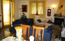3 bedroom houses for sale in Italy. Townhome – Sanremo, Liguria, Italy