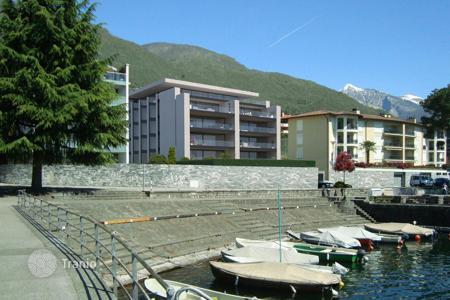 Luxury 2 bedroom apartments for sale in Central Europe. New home – Muralto, Ticino, Switzerland