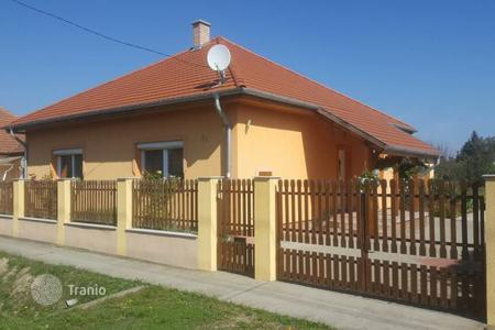 Residential for sale in Fejer. Detached house – Pusztaszabolcs, Fejer, Hungary