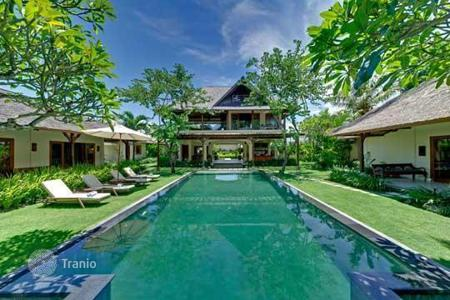 Villas and houses for rent with swimming pools in Bali. Роскошная вилла на острове Бали, Индонезия