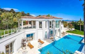 Luxury villa in Cannes for 17,000 $ per week