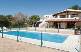 3 bedroom houses for sale in Faro. Large renovated quinta with 3 annexes and tourism licence, near Boliqueime
