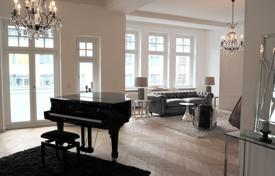 Property to rent in Germany. ELEGANT RESIDENCE IN PARISER STR, CHARLOTTENBURG