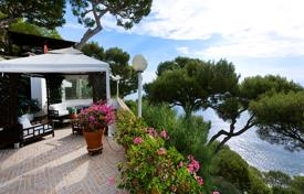 Luxury 4 bedroom houses for sale in Èze. Two-storey villa with a beautiful garden, terraces with sea views and a separate apartment, Eze, Côte d'Azur